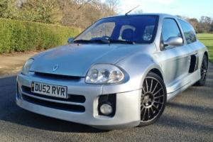 2002 Renault Clio 230 3.0 V6 - UK RHD CAR