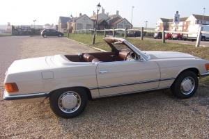 MERCEDES 350 SL Roadster Automatic BEIGE.