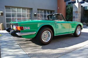 1976 Triumph TR-6 Roadster Photo