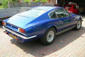 ASTON MARTIN V8 AUTO BLUE  Photo
