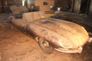 Jaguar e type 1963 roadster, matching numbers, barn find after 35 years