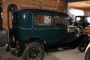 Ford : Model A Coup