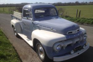 FORD F2 PICK UP TRUCK 1952