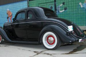 1935 FORD COUPE Photo