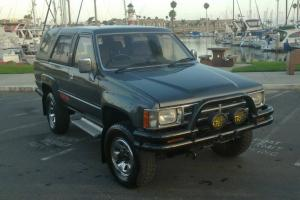RUST FREE 1987 Toyota Hilux Surf Turbo Diesel (SSR Limited)