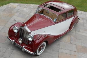 1951 ROLLS ROYCE SILVER WRAITH H J MULLINER TOURING LIMOUSINE
