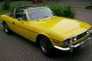 Triumph Stag 1976 3 Litre V8 Manual in Yellow. Beautiful.
