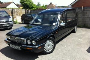 2000 DAIMLER HEARSE  Photo