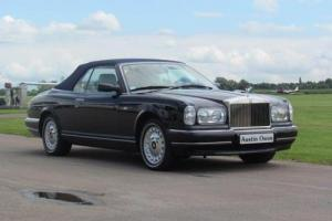 2001 Y ROLLS-ROYCE CORNICHE CONVERTIBLE LEFT HAND DRIVE  Photo