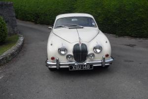 JAGUAR MK11 3.4LITRE 1961 MANUAL OVERDRIVE BEAUTIFUL LOOKING CAR