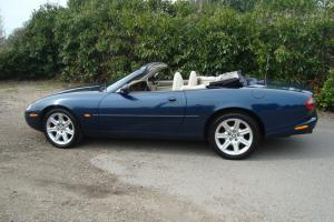 1997 JAGUAR XK8 CONVERTIBLE AUTO BLUE. YEARS MOT. FULL HISTORY.