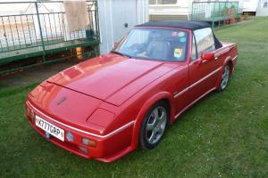 1993 RELIANT SCIMITAR SABRE RED