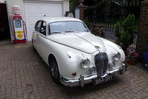 1962 JAGUAR MK 2 3.8 MANUAL WHITE