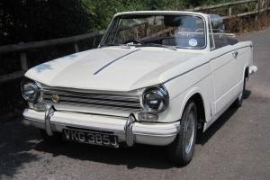 TRIUMPH HERALD 13/60 1971 ClASSIC VINTAGE CAR CONVERTIBLE WHITE  Photo