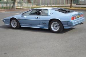 LOTUS ESPRIT TURBO 1985 (styled by Giugiaro)  Photo