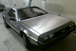 DELOREAN MANUAL, GOOD RUNNER