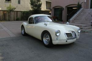 MGA Twin Cam Coupe-1959