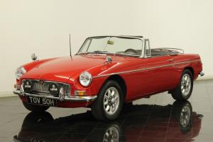 1964 MG MGB Roadster Convertible RESTORED 1800 4cly 5speed Leather Interior CD Photo
