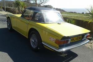 1975 TRIUMPH TR6 YELLOW  Photo