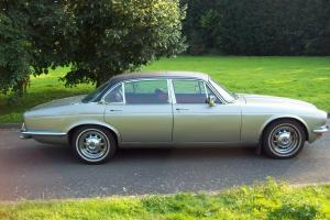 1979 DAIMLER SOVEREIGN 4.2 LWB AUTO SILVER  Photo