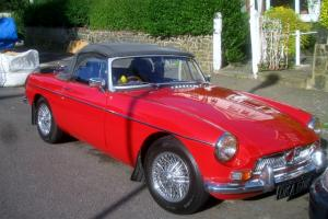 1972 MG RED  Photo