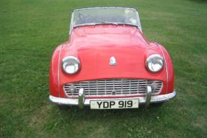 TRIUMPH TR3a RED UK RIGHT HAND DRIVE CAR BARN FIND  Photo