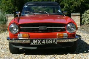 1972 TRIUMPH TR6 RED  Photo