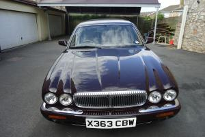 daimler v8 4.0 LIMOUSINE  Photo