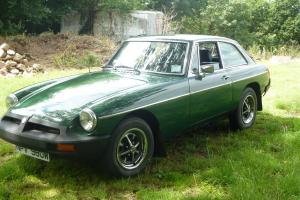 1980 MGB GT GREEN - Full service history from new and photos of restoration