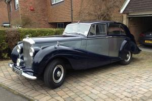 1952 Bentley MkVI Coachwork by H.J.Mulliner
