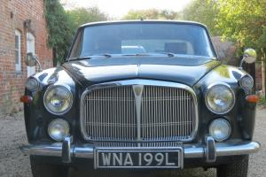Classic Car Rover Coupe P5 3.5 Litre - Arden Green with Silver Birch Roof  Photo