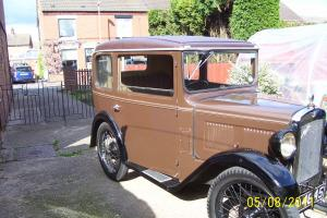 1930 AUSTIN 7 BOX SALOON (BROWN)