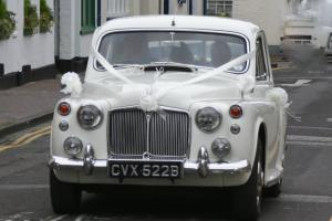 1964 ROVER 110 CREAM - CLASSIC CAR / WEDDINGS / OCCASIONS