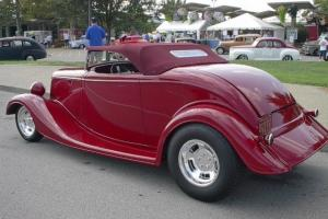 1933 Ford Roadster, burgundy, fold-up top, 350, RFS, IRS, 125 miles, newly built