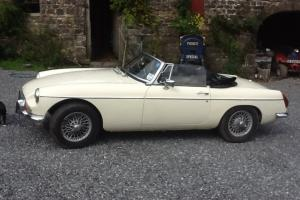 MG B ROADSTER 1972  Photo