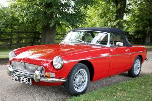 MGB RED  Photo