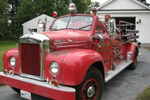 1954 Mack B85 Antique Fire Engine Photo