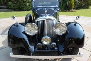 1937 BENTLEY 4 1/4 LITRE DERBY HOOPER SPORTS SALOON