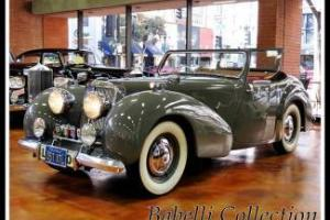 1947 TRIUMPH 1800 ROADSTER FULLY RESTORED Photo