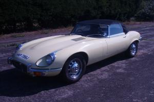 Jaguar E-Type V12 Roadster (Manual) RHD