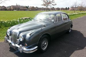DAIMLER V8 250 AUTO 1963 GREY WITH RED LEATHER WIRE WHEELS  Photo