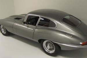 Jaguar E-type FHC 3.8 S1 1963 in original color combination gunmetal/red