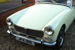 1975 MG MIDGET 1500 WHITE