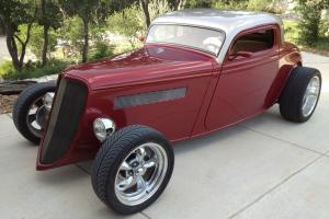 33 Ford Hot Rod. Fuel injected 350 V8, A/C, 4 wheel disk brakes, power windows