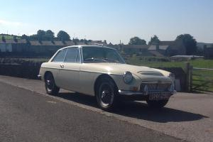 MG C GT WHITE 1969 VERY GENUINE EXAMPLE wire wheels o/d ONLY 66,600 miles  Photo