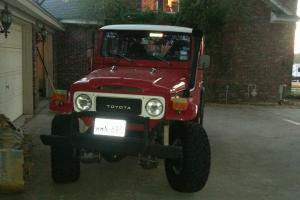 Toyota 1982 FJ40 Land Crusier