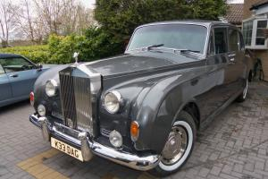 ROLLS ROYCE PHANTOM V. WITH A DIFFERENCE,REPLICA LOTUS 3.1 ISUZU DEISAL 4X4.  Photo