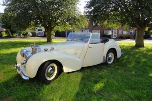 Triumph Roadster 1800 1948  Photo