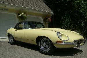 Jaguar 1968 Series 1 1/2 E-type Roadster Photo