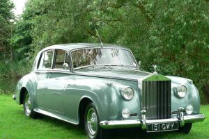 ROLLS- ROYCE SILVER CLOUD II